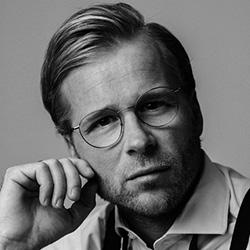 Acteur Leo Alkemade speelt Huib in Huisvrouwen bestaan niet 2